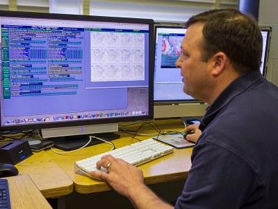 Chuck Pavloski monitor e-wall